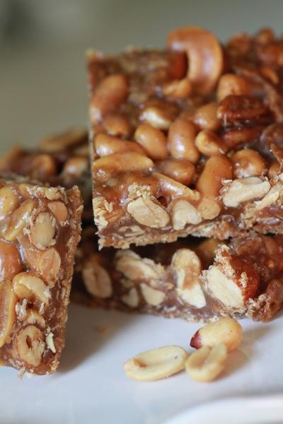 Honey Nut Bars – DessertedPlanet.com