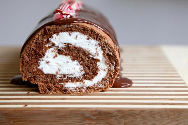 Log Cake Recipe Joy Of Baking: A Candy Cane Christmas