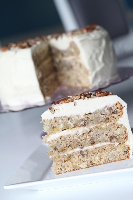 Hummingbird Cake – DessertedPlanet.com