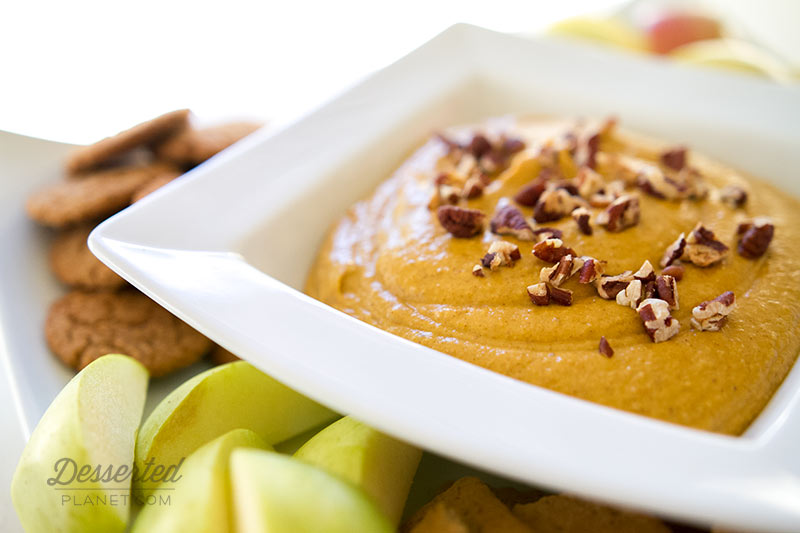 Pumpkin Spice Dessert Dip and Apples