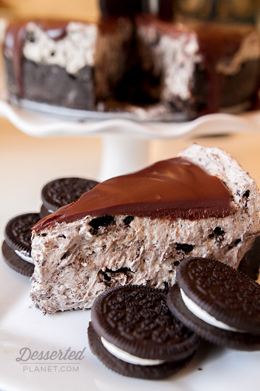 No Bake Oreo Cheesecake Slice