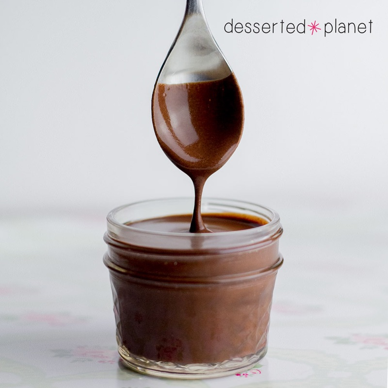 Dark Chocolate Fudge Sauce Dessertedplanet Com